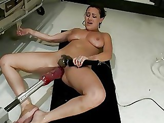 Chinese Fuck MILF Orgasm Toys