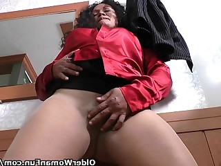 Ebony Mammy Mature MILF Nylon Panties Playing Squirting